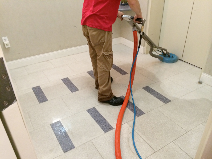 hotel tile cleaning